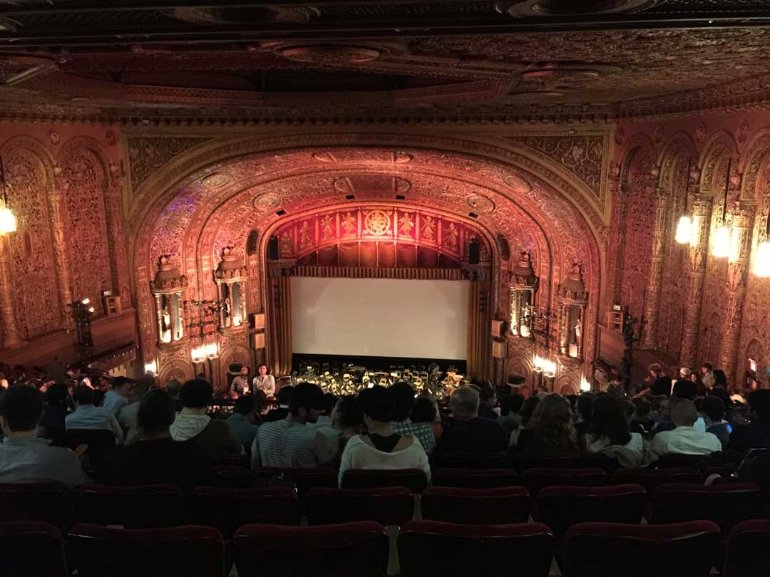 Theatre-screening-at-landmark-theatre